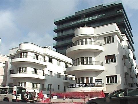 נדלן-פנטהאוז הירקון 96 / מתוך: הוידאו